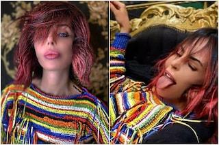 Il cambio radicale di Nina Moric: festeggia il nuovo anno con i capelli rosa