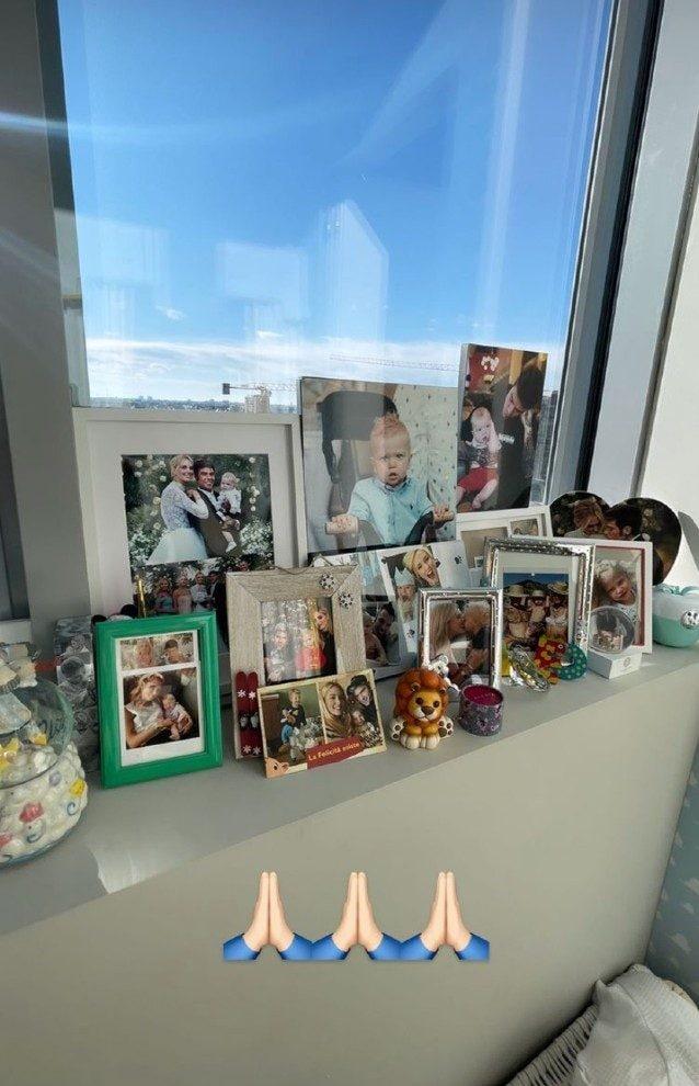Le foto sulla finestra