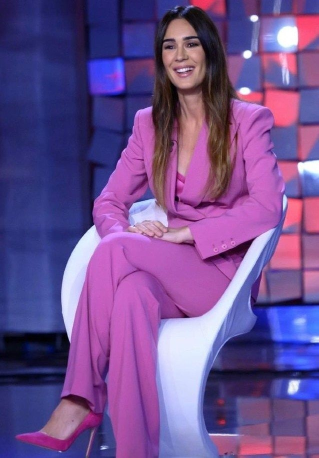 Silvia Toffanin in total pink