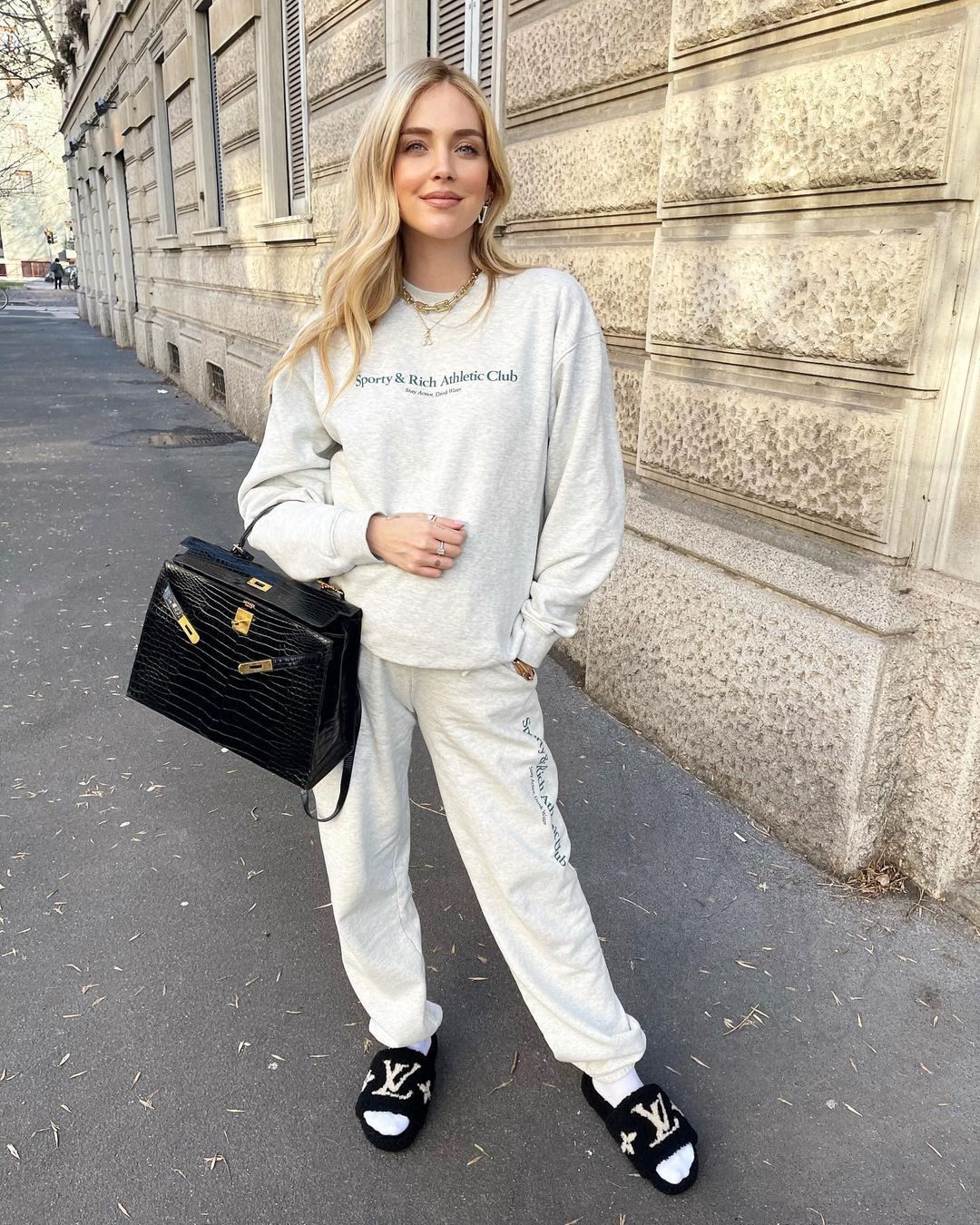 Il look leisure dell'influencer