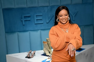 La linea di moda di Rihanna chiude: LVMH sospende Fenty