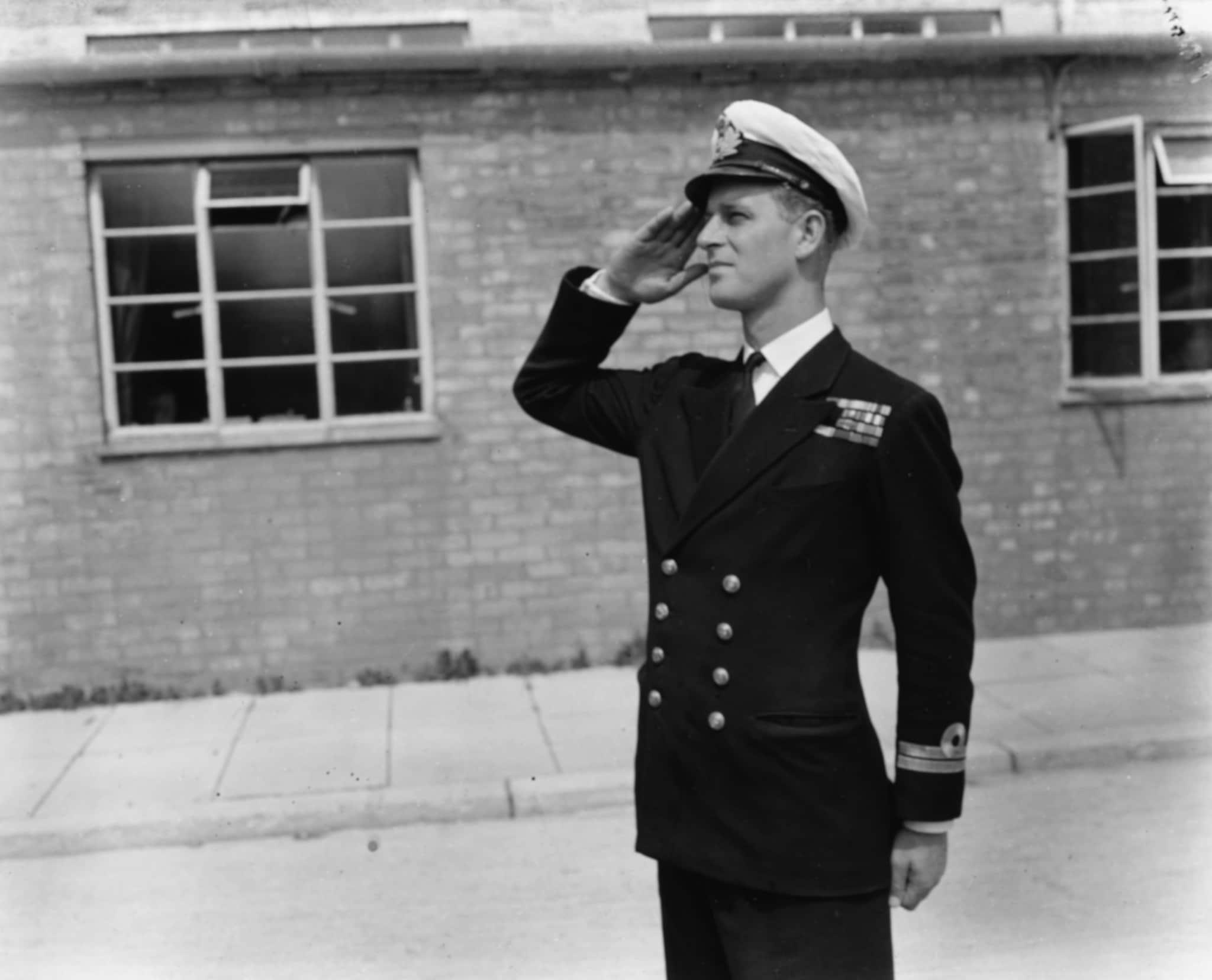 Filippo Mountbatten con la divisa della Marina