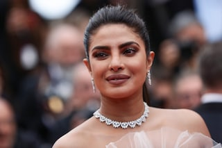Priyanka Chopra poco accettata a Hollywood: «Un regista mi disse di rifare seno, sedere e mascella»