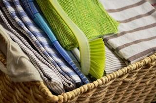 Le faccende domestiche aiutano a tenersi in forma: le pulizie bruciano quasi 4mila calorie al mese