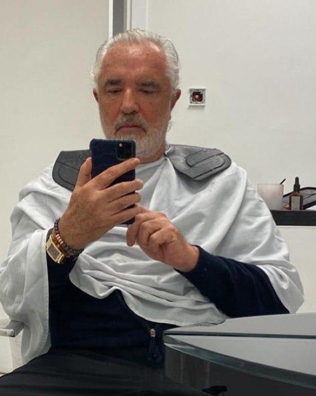 Flavio Briatore dal barbiere