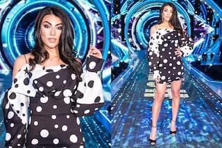 Giulia Salemi osa con i pois al GF Vip: il primo look dopo l'eliminazione è black&white