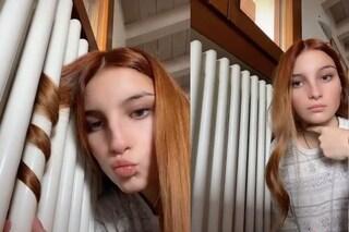 Boccoli perfetti col termosifone: il tutorial di TikTok che non fa bene ai capelli