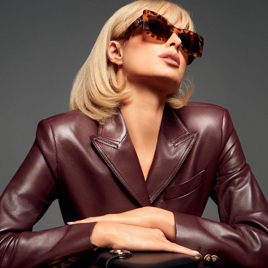 Paris Hilton posa per Lanvin