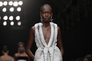 La moda abbandona la pelliccia: anche Balenciaga e Alexander McQueen diventano fur free