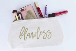 Beauty case a prova di Covid: 10 consigli su come igienizzare i cosmetici