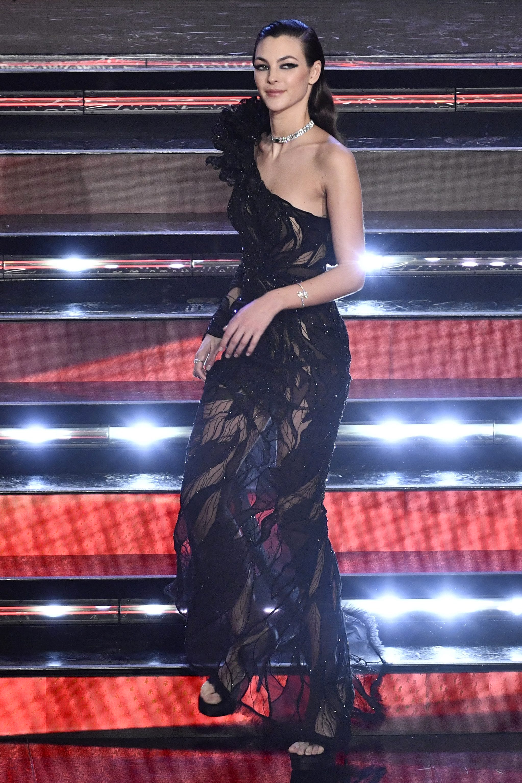 Vittoria Ceretti in Atelier Versace