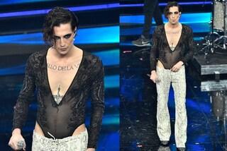 Damiano dei Maneskin col body di paillettes a Sanremo 2021, è il nuovo trend della moda genderless