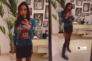 Elisabetta Gregoraci cambia stile ma non rinuncia al lusso: il nuovo look casual vale 7mila euro