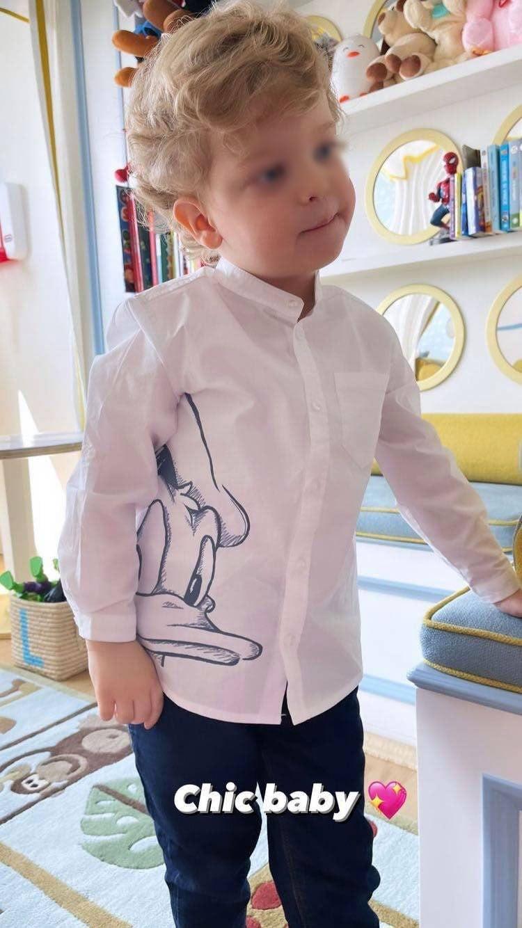 Leone con la camicia Monnalisa