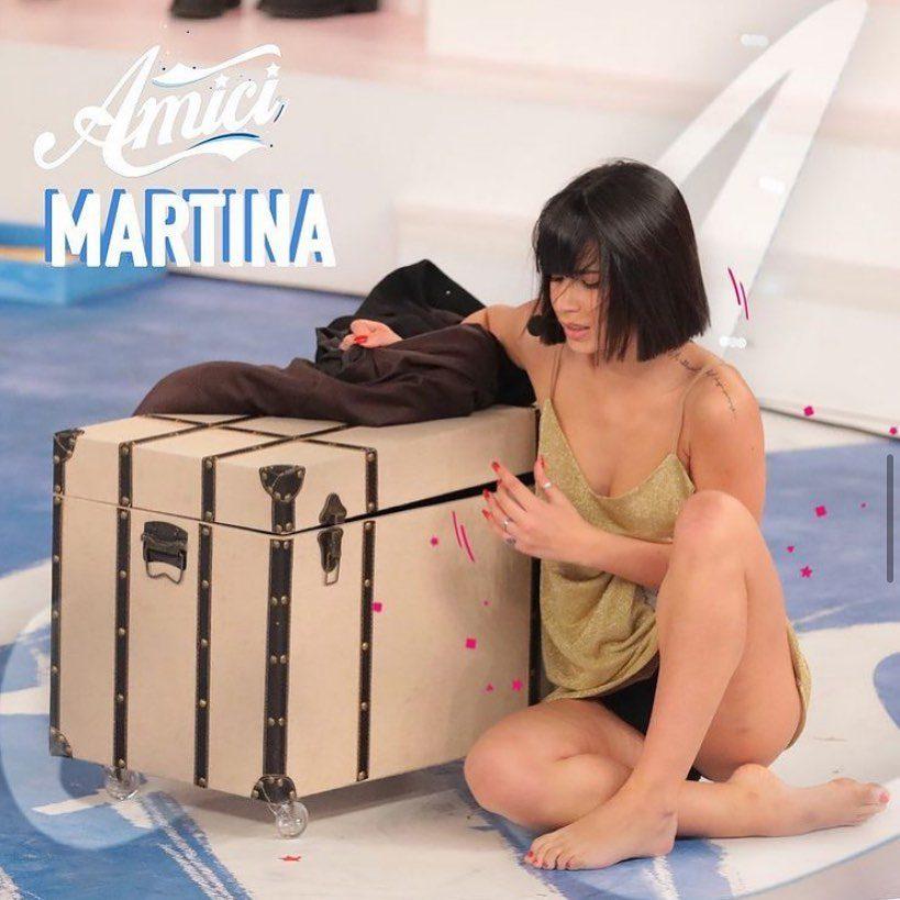 Martina sul palco di Amici di Maria De Filippi