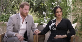 Meghan e Harry da Oprah: la regina indignata mette in discussione il titolo di duchi di Sussex