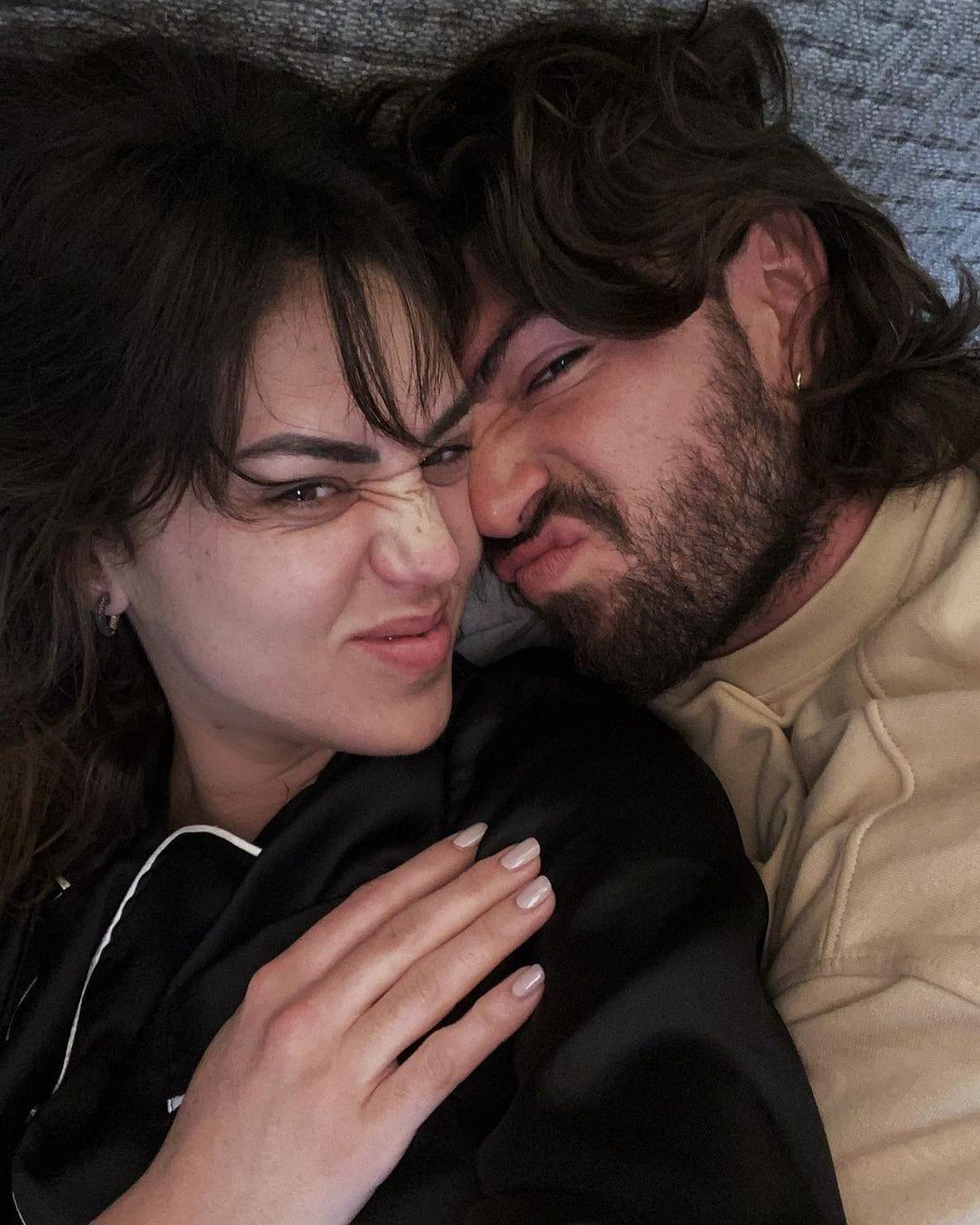 """Cecilia Rodriguez """"al naturale"""" con Ignazio Moser"""