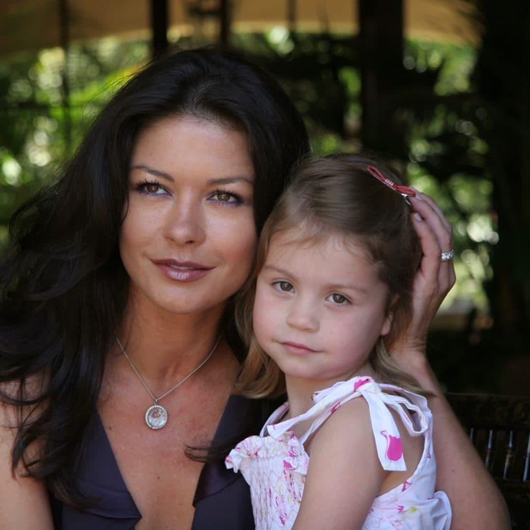 Catherine da giovane con la figlia Carys