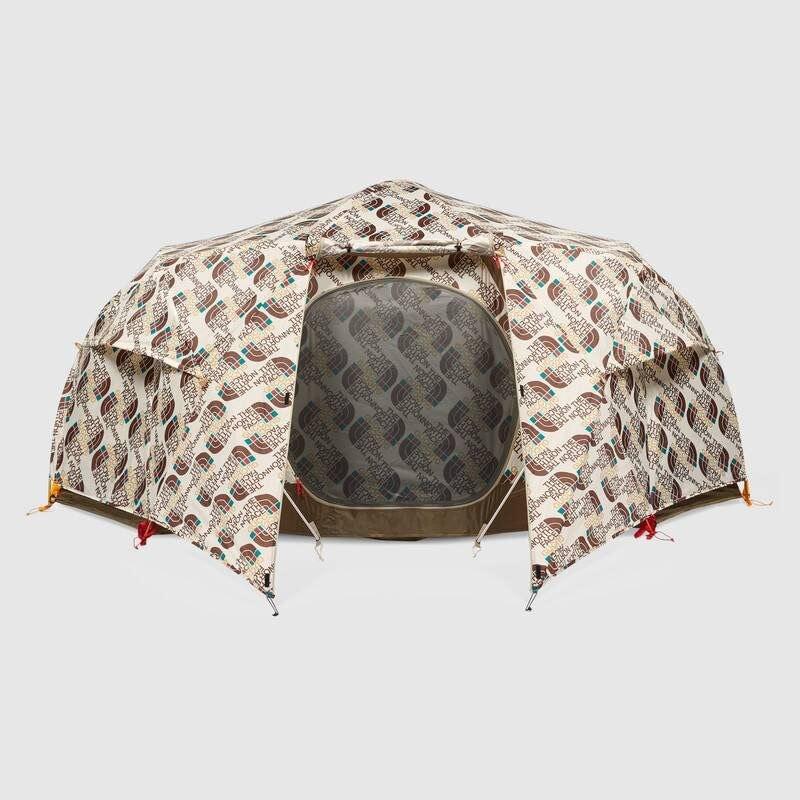 La tenda da campeggio griffata