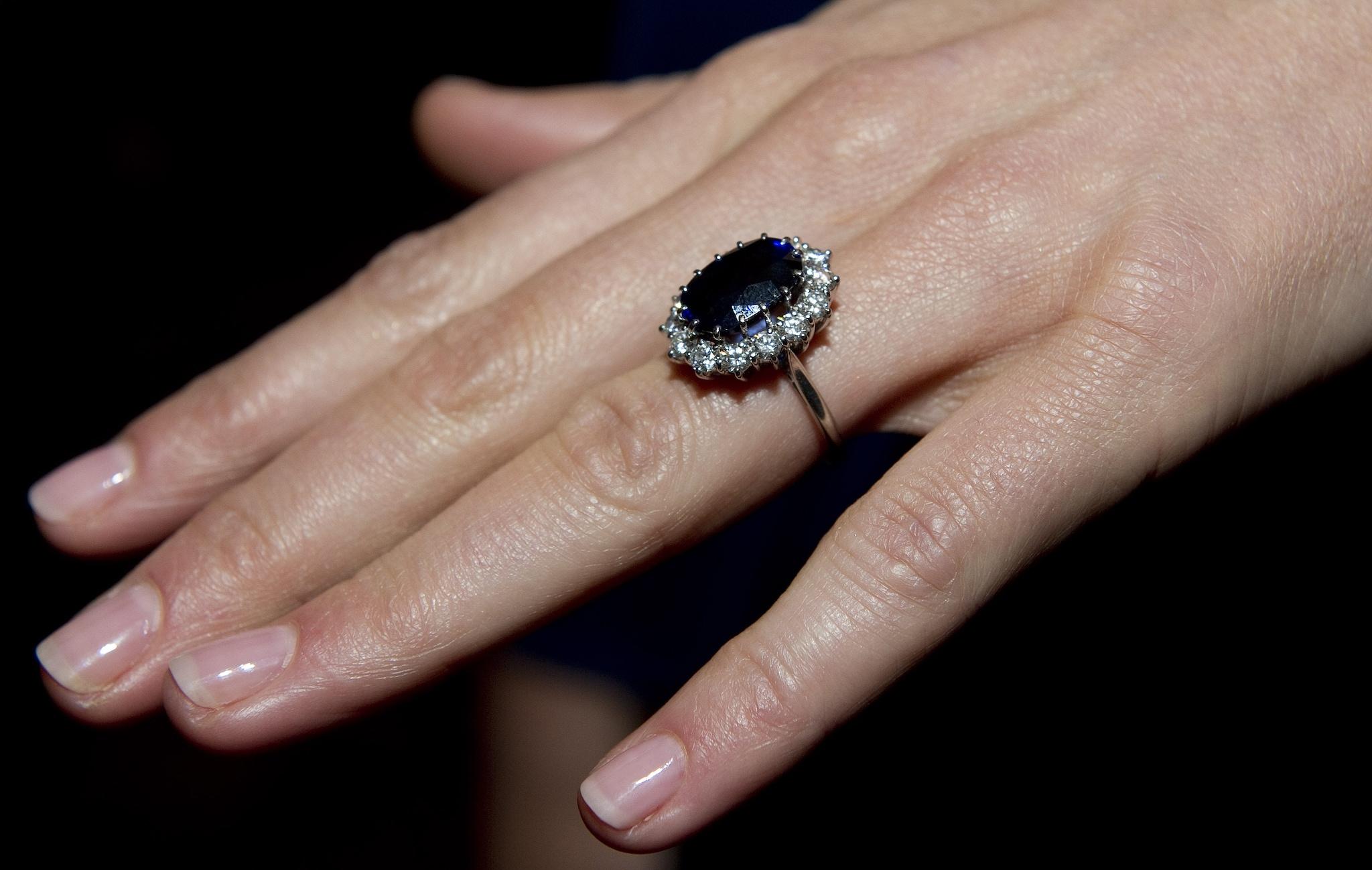 L'anello di fidanzamento di Lady D.