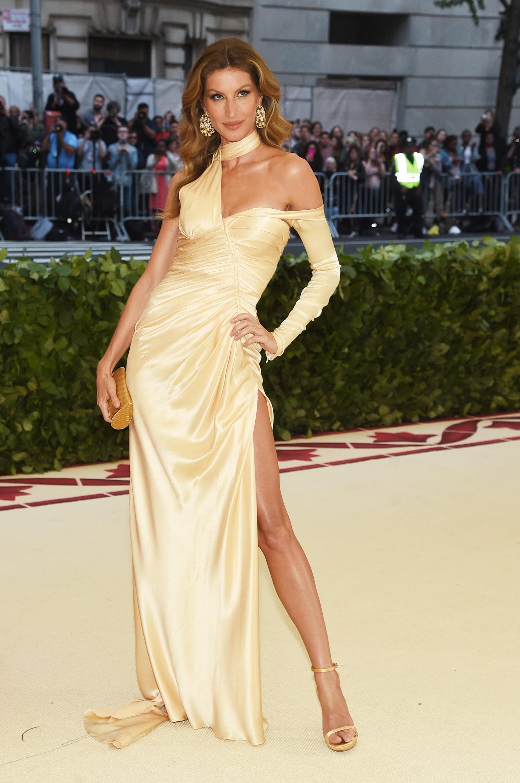 Gisele Bündchen in Versace al Met Gala 2018
