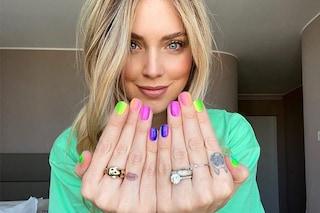 Vivace e coloratissima: la manicure arcobaleno di Chiara Ferragni è già la tendenza della primavera