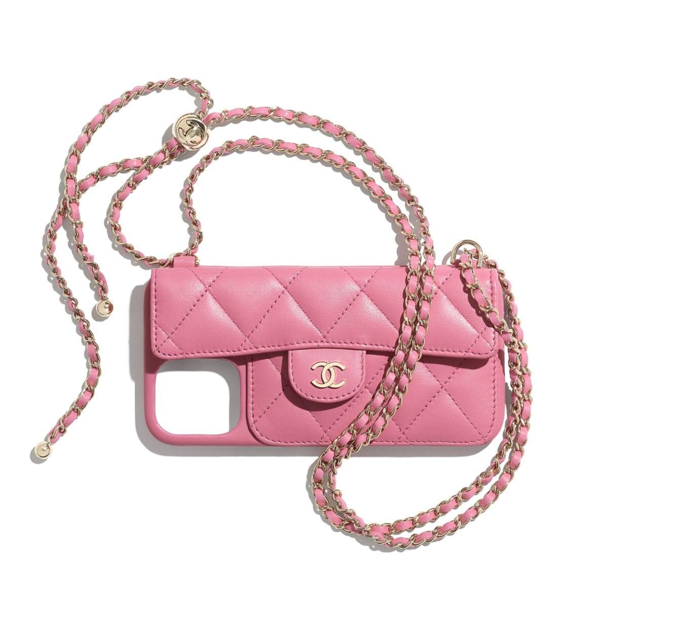 La cover per telefono Lambskin Pink Classic Case di Chanel
