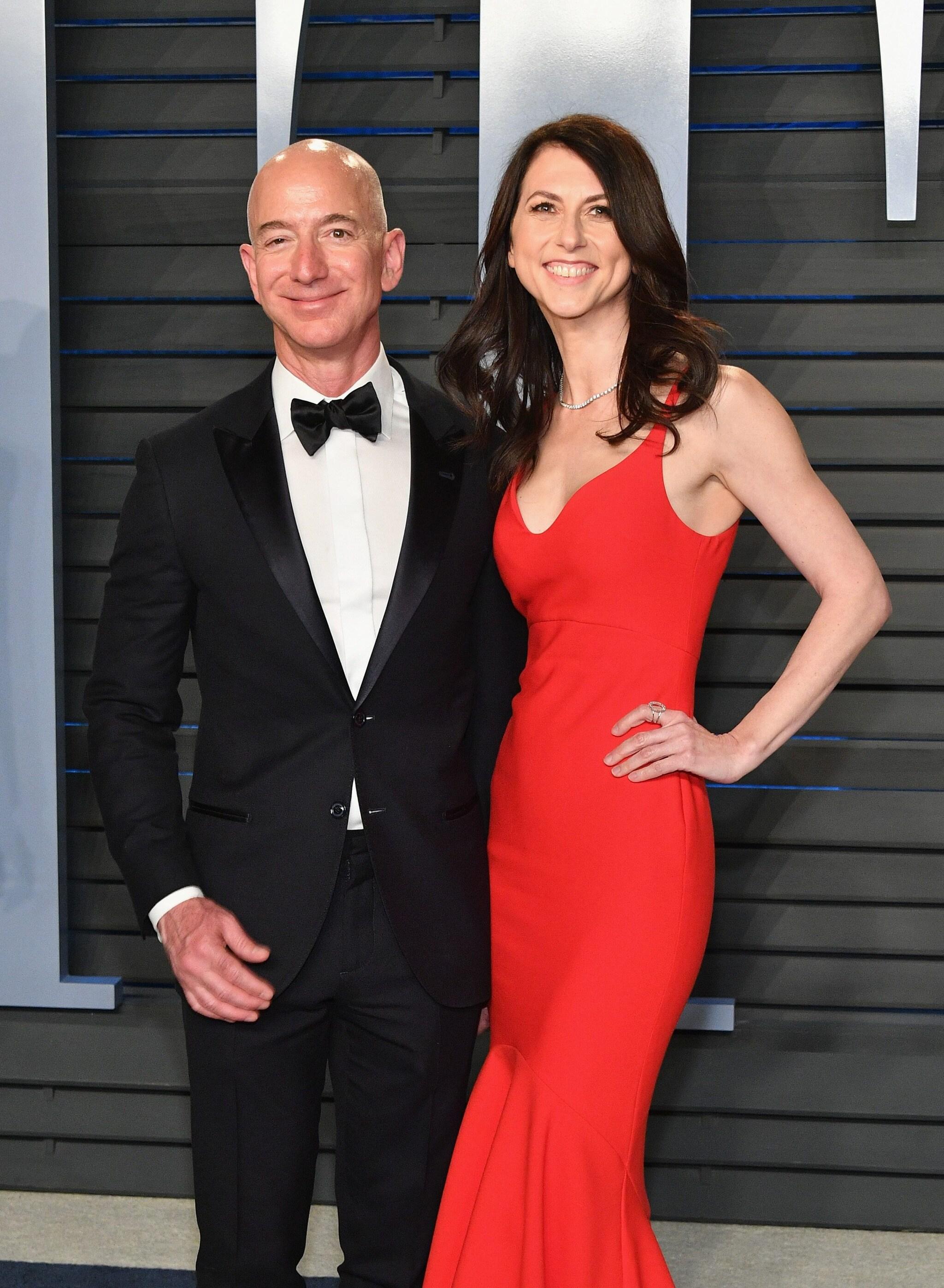 MacKenzie Scott e Jeff Bezos