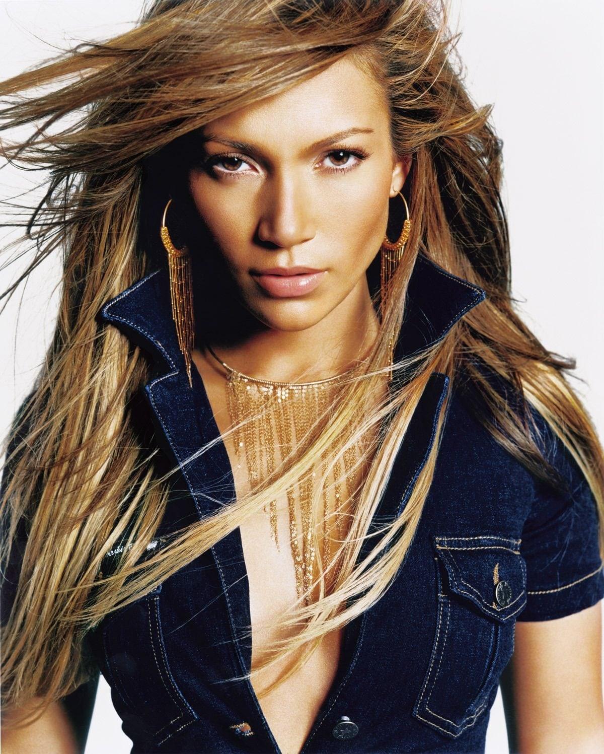 La copertina dell'album J.Lo