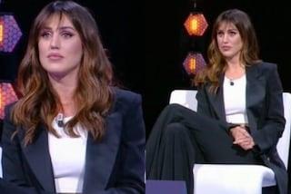 Cecilia Rodriguez cambia stile: a L'isola per sostenere Ignazio indossa il tailleur rigoroso