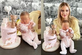 Il primo mese di Baby Vittoria: la figlia di Chiara Ferragni ha la tutina coordinata alla torta