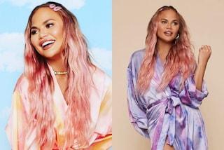 Chrissy Teigen con i capelli rosa: il nuovo look anticipa il trend da seguire in estate
