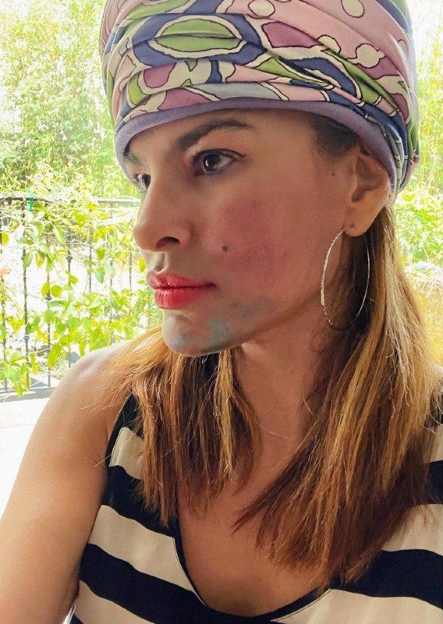 L'originale make–up realizzato dalle figlie dell'attrice