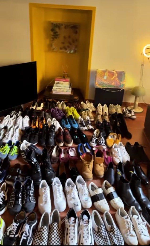 Una parte della collezione di scarpe di Tommaso Zorzi