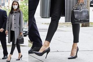 Letizia di Spagna regina Rock osa con i leggings in pelle e i tacchi a spillo