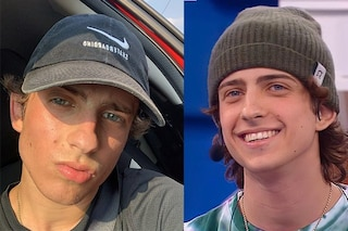 Sangiovanni: i cappelli sfoggiati dal cantante di Amici 2021, dal berretto rosa a quello leopardato