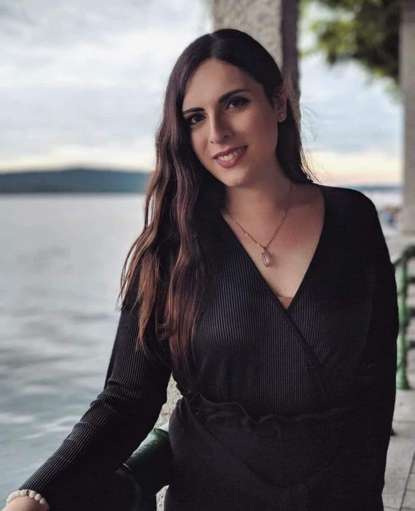 La poetessa Giovanna Cristina Vivinetto
