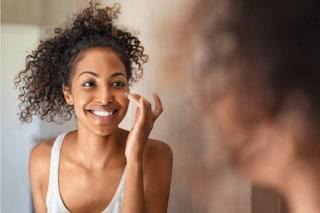 Migliori creme viso per pelli miste e grasse: quali prodotti scegliere