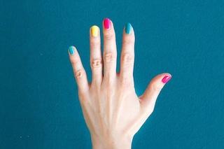 Psicologia dello smalto: il colore che indossi sulle unghie rivela la tua personalità