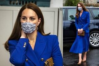 Tutte pazze per il blazer blu elettrico di Kate Middleton: la giacca preferita della duchessa è sold out