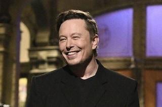 Elon Musk nuova icona di stile: la sua giacca col lucchetto è già sold out