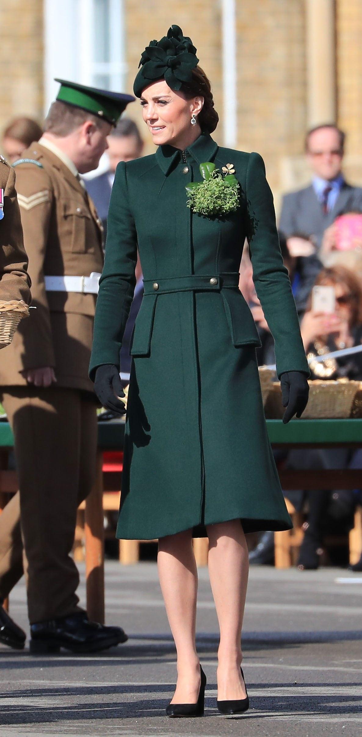 Kate Middleton con cappotto Alexander McQueen
