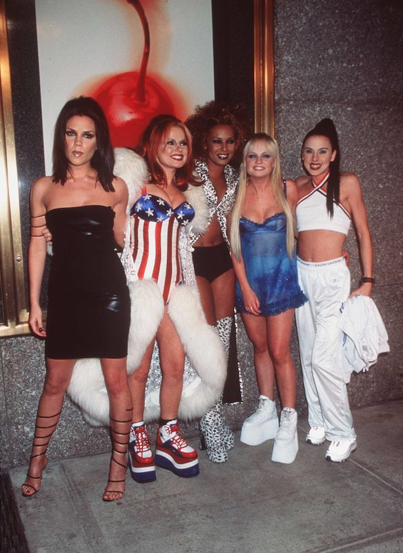 i look iconici delle Spice Girls nel 1997