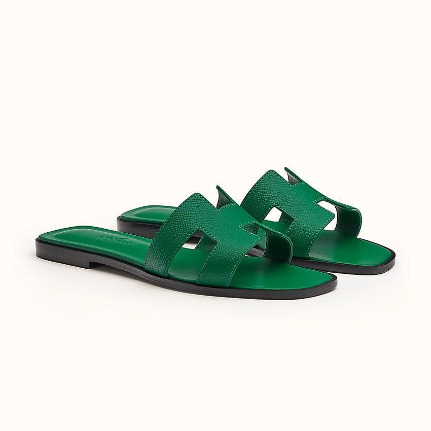 I sandali Hermès indossati da Giulia De Lellis