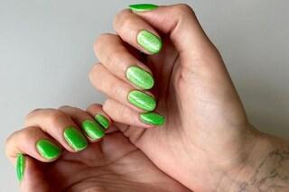 Lo smalto dell'estate è verde fluo come quello di Chiara Ferragni