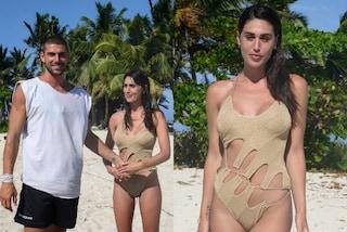Cecilia Rodriguez vola a L'isola da Ignazio e lancia il costume must-have dell'estate 2021