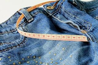 Come scegliere la taglia giusta dei jeans
