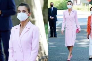 Letizia di Spagna spopola in rosa: i look total pink sono i più amati dalle Royals