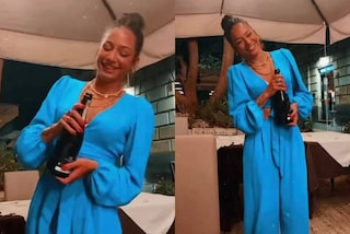 Rosa Di Grazia, la reunion di Amici per il compleanno è col completo neon must-have dell'estate
