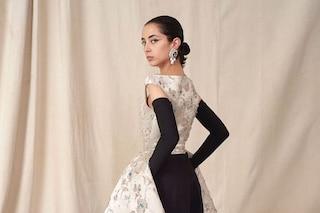 Balenciaga torna alle origini: a Parigi la prima sfilata Haute Couture dopo 53 anni